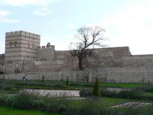 Arab–Byzantine wars - The Theodosian Walls of Constantinople.