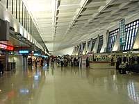 CKS airport-oliv.jpg