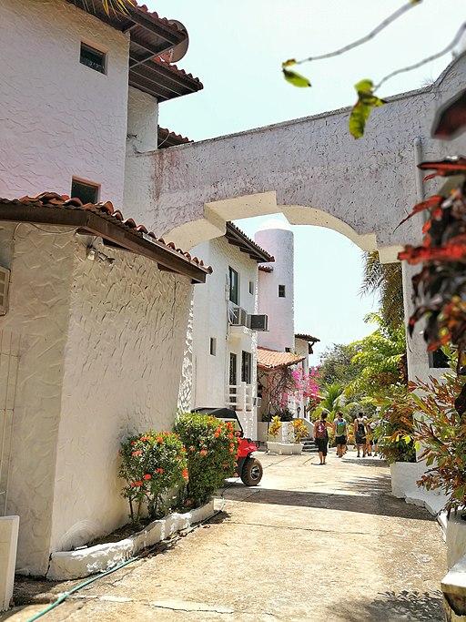 Calle en Isla Taboga - Panamá