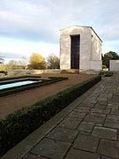 Cambridge American Cemetery 2012-11-25 06.jpg