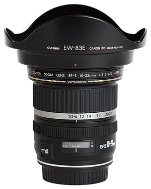 Canon EF-S 10–22mm lens - Image: Canon EF S 10 22mm f 3.5 4.5 USM Hooded