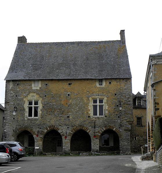 Maison du Porche, Chémeré-le-Roi (53).