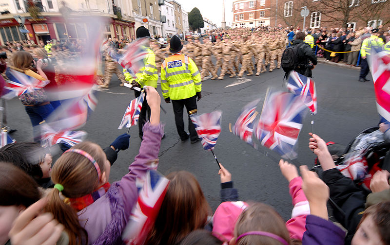 File:Children Welcoming Home Hampshire Troops MOD 45149871.jpg