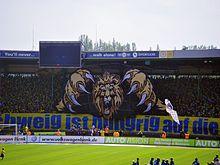 Aficionados Del Eintracht Braunschweig En