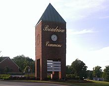 City of Broadview Heights, Ohio from Broadview Commons Shopping Center, June 2014.jpg