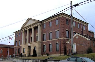 Claiborne County, Tennessee - Image: Claiborne county courthouse tn 1