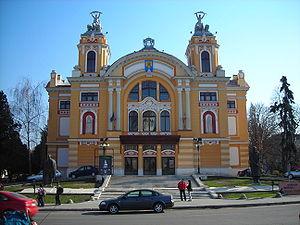 Avram Iancu Square, Cluj-Napoca - Image: Cluj Napoca Romanian Opera