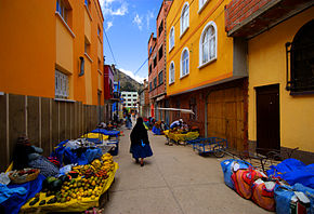 Colorful street in Copacabana October2007.jpg