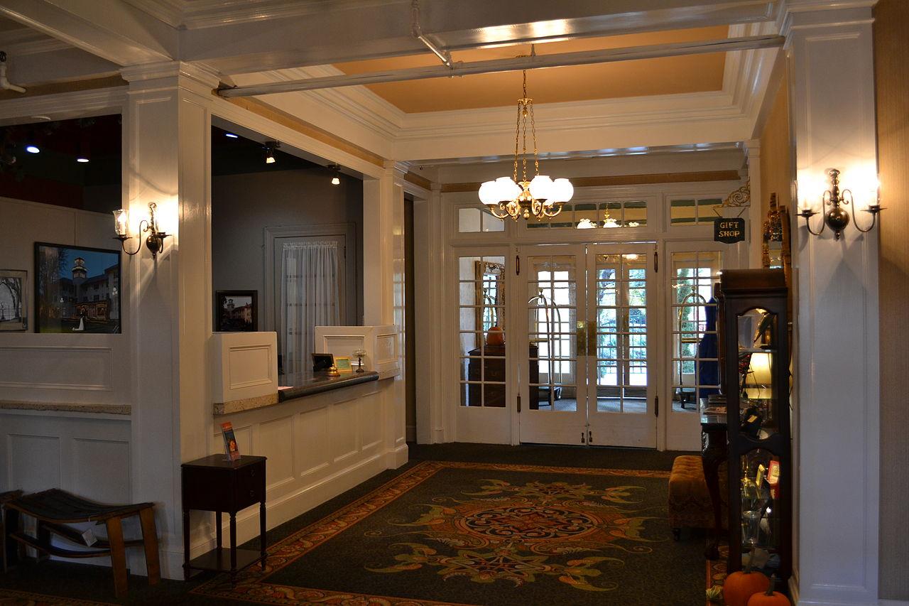 file columbia gorge hotel 5 hood river oregon jpg. Black Bedroom Furniture Sets. Home Design Ideas