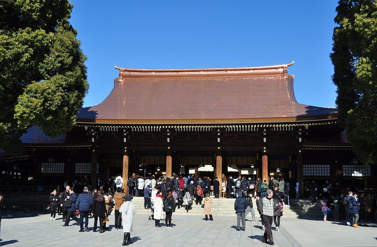 Courtyard of Meiji Shrine2