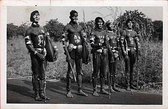 Papel people - Photo of Nahés (Papel) by Serra. 1962.