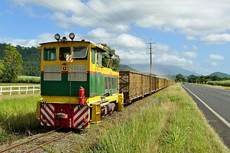 Rail transport in Queensland - Sugar cane train serving the Mossman mill, 2015