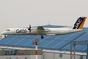 """Japan Air Commuter - Japan Air Commuter Bombardier Dash 8 Q400 in the old """"JAC"""" livery."""