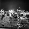 De verlichte Emmabrug in Willemstad, Bestanddeelnr 252-3542.jpg