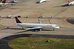 Delta N304DN Airbus A321 Atlanta - September 2017 (44682190614).jpg