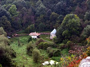 Alians - Demir Baba teke, Alian sacred place