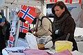 Den norske ambassade deler valfer og chokolade ud til Nordisk kulturnat i København 2012.jpg