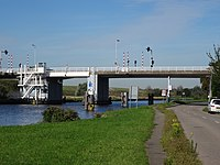 Doenbrug - Overschie - Rotterdam - View of the bridge from the southeast (closer).jpg