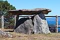 Dolmen reconstruído. Área recreativa de San Roque -R7.jpg