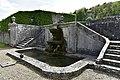 Double escalier en pierre avec l'aigle (29715302050).jpg
