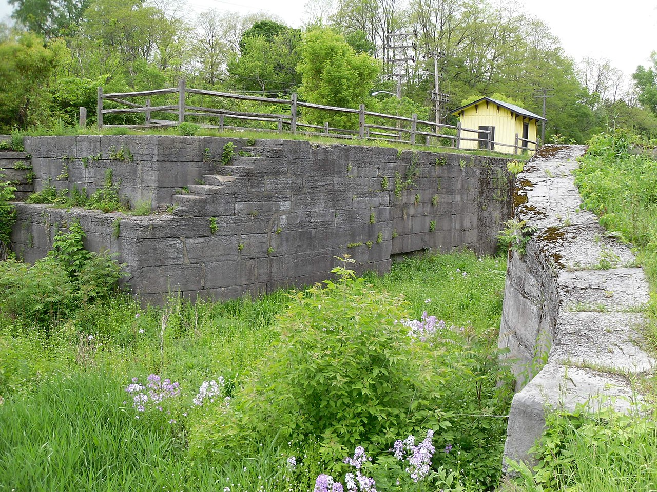 fileenlarged double lock no 23 old erie canal may 10