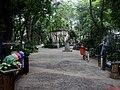 Entrada do Zoológico de Catanduva. O Zoológico Municipal Missina Palmeira Zancaner, fundado no dia 1º de maio de 1958, abriga mais de 231 animais além das cotias que já fazem parte do cenário local. - panoramio.jpg