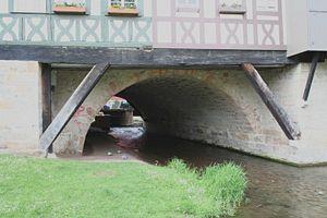Krämerbrücke - Krämerbrücke vault and Sprengwerk in front of it