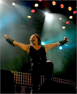 Eric Adams - Manowar 2009.jpg