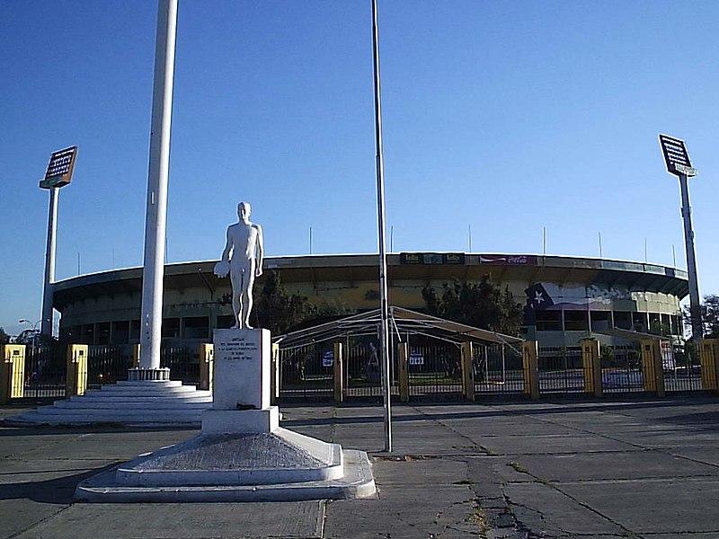 Imagen:Estadio Nacional de Chile 3.jpg