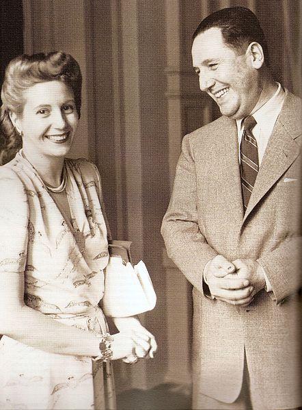 Ficheiro:Evita y Perón.jpg