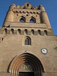 Façade de l'église de Villenouvelle.jpg