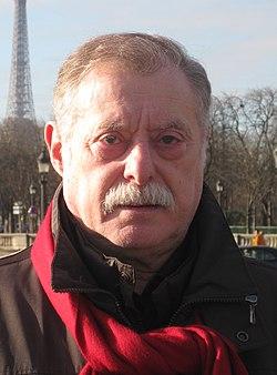 Fabricio de Potestad en París (cropped).jpg