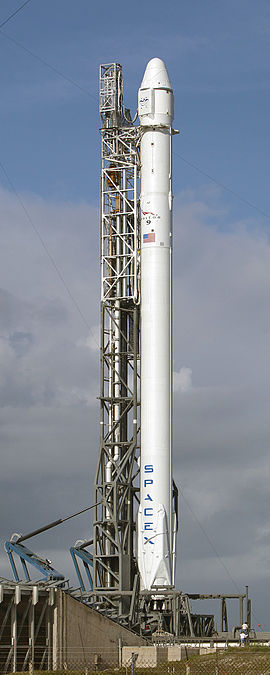 A Falcon 9 v1.1 carrying a Dragon cargo spacecraft