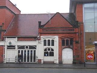 Fallowfield railway station