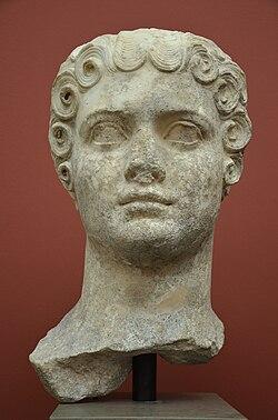 Flavia Domitilla, daughter of Emperor Vespasian, from Rome, c. AD 69-96, Ny Carlsberg Glyptotek, Copenhagen (12949175183).jpg