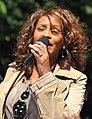 Flickr Whitney Houston performing on GMA 2009 2.jpg
