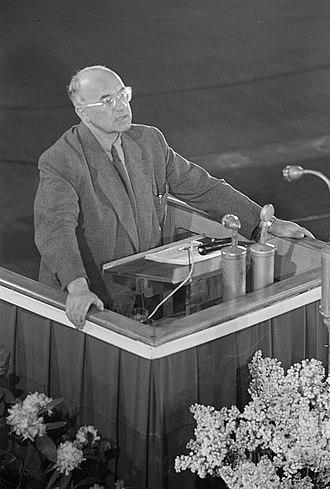 Johannes R. Becher - Becher in Leipzig, 1951