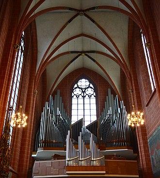 Frankfurt Cathedral - Image: Frankfurt Cathedral Organ