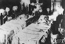 Begravelsen til erkehertugene.