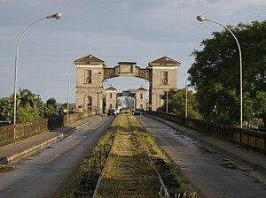 Jaguarão - The border between Brazil and Uruguay at Jaguarão