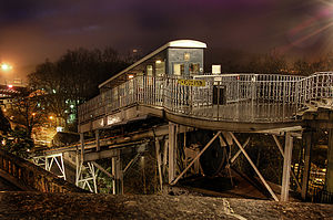 Funiculaire de Pau - The upper station at night