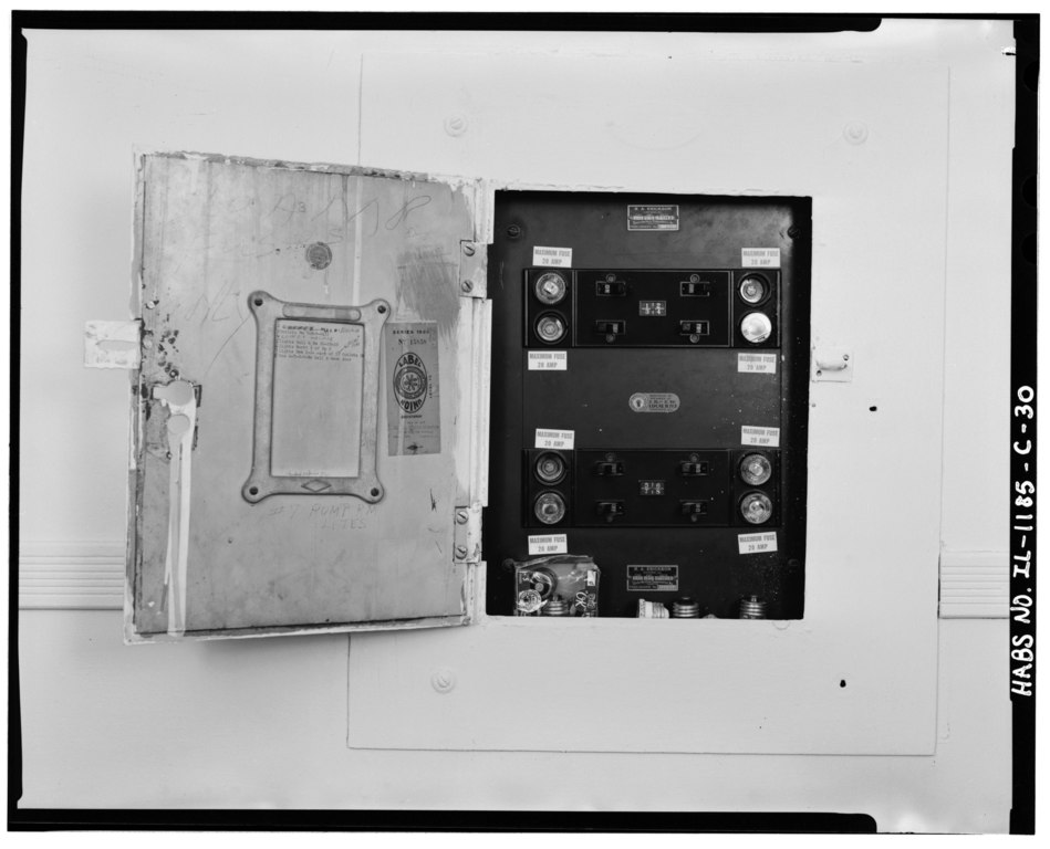 file fuse box showing fuses  breakers  and 1939 union