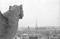 Gargouille Tour Eiffel.jpg