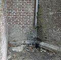 Gedeelte van de kerkmuur met regenpijp, detail - Breukelen - 20372417 - RCE.jpg