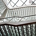 Glass and steel in optima forma (3359401268).jpg