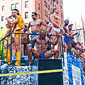 Go-go boys em parada-31.jpg