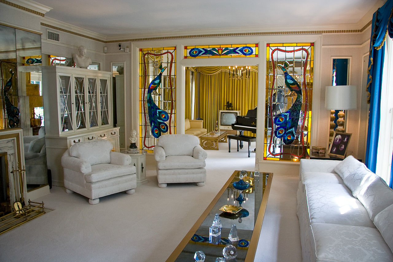 File:Graceland living room 1.jpg - Wikimedia Commons