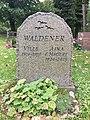 Gravsten Waldener Norra Kyrkogården Visby.jpg