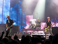 Green Day performing.