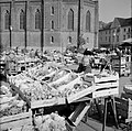 Groenten- en fruitmarkt in Wiesbaden, Bestanddeelnr 254-4258.jpg